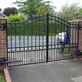 electric and automatic security gates in yorkshire electric